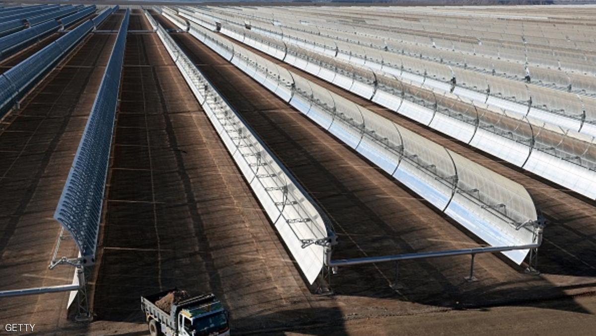 صورة لمحطة نور 1 لتوليد الكهرباء بالطاقة الشمسية chtoukaphysique