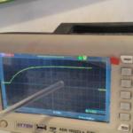 Expérience : Charge et décharge d'un condensateur à l'aide d'un générateur de tension continue