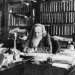 العالم الكيميائي الشهير ديميتري مندليف و جدوله الدوري الاصلي  للعناصر الكيميائية