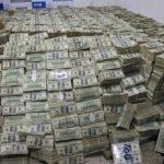 ثروة 26 شخصا فقط  في العالم تعادل ما يملكه نصف سكان الارض