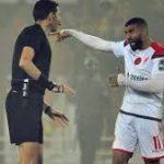 بعد ادائه الكارثي في مبارة الوداد والترجي ، الفيفا يستبعد الحكم المصري غريشة من كأس العالم للشباب