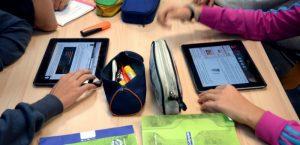 منصات التعليم عن بعد المتاحة أمام التلاميذ بصفة مجانية (يكفي الربط بشبكة الأنترنيت دون الحاجة إلى رصيد)